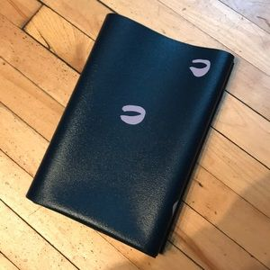 NWOT Anthropologie travel yoga mat